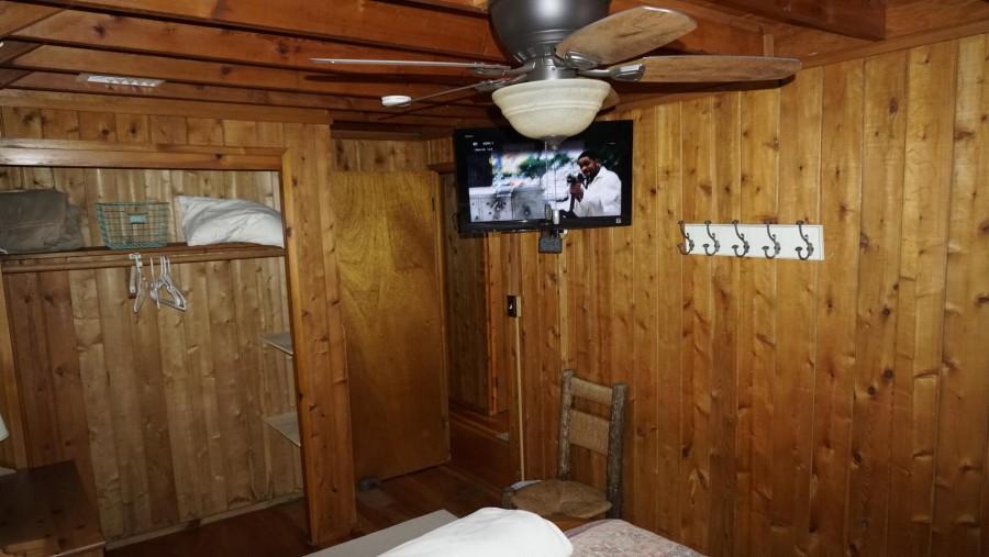 Bedroom 2_TV