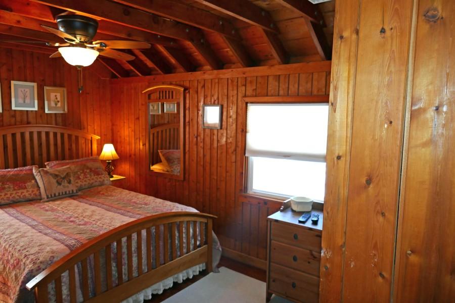 Bedroom2 Queen