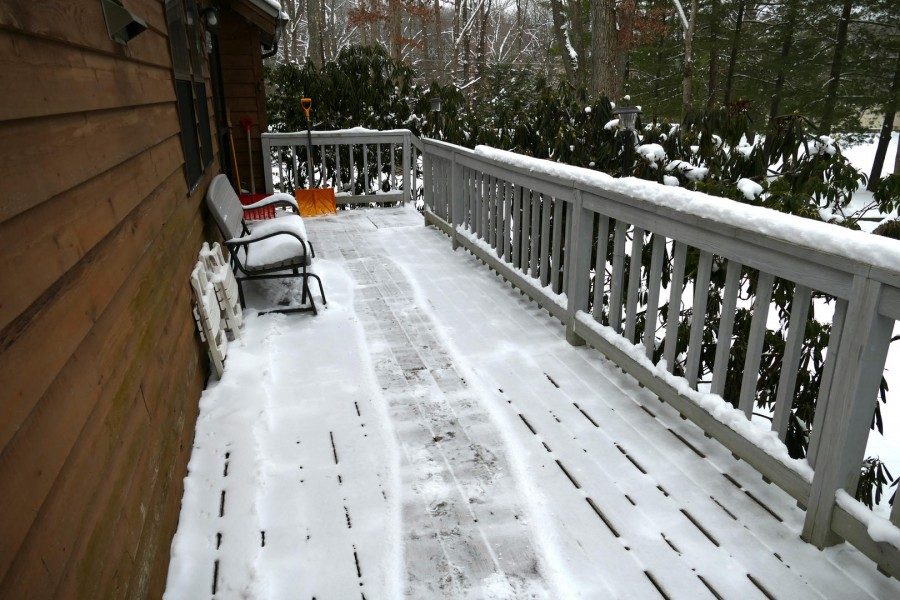 Front deck - Winter
