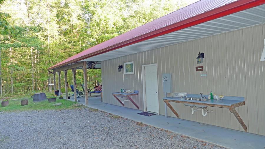 Pavilion cleanout sinks