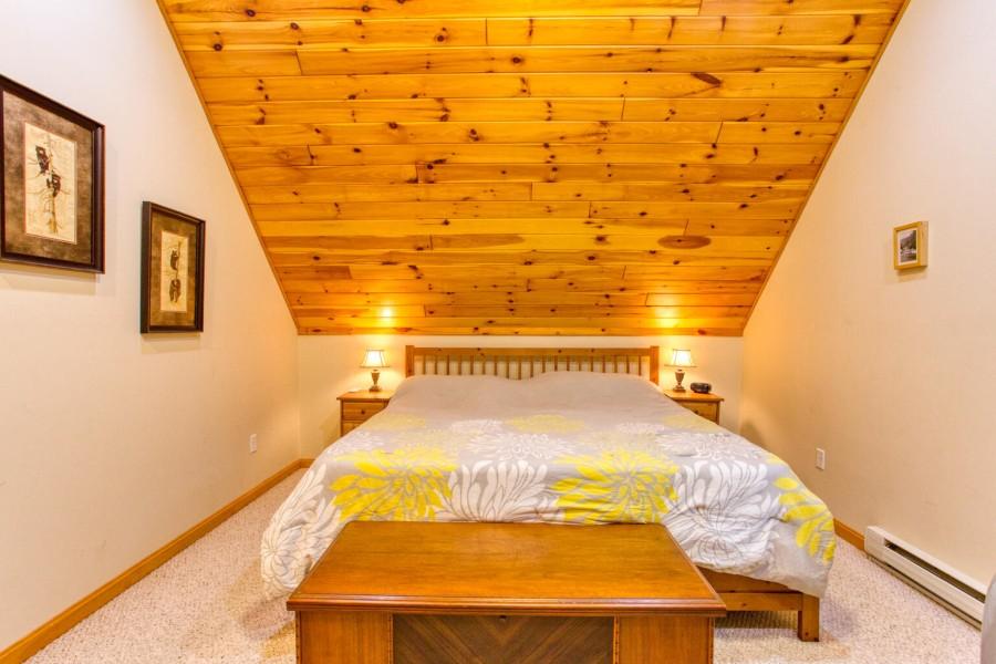 Bedroom 1-King