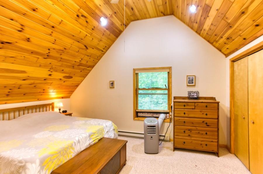 Bedroom 1_2 King Loft