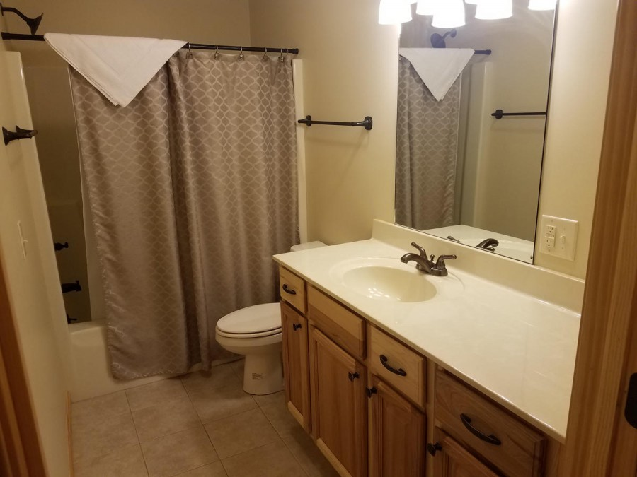 Full bath 4 lower level