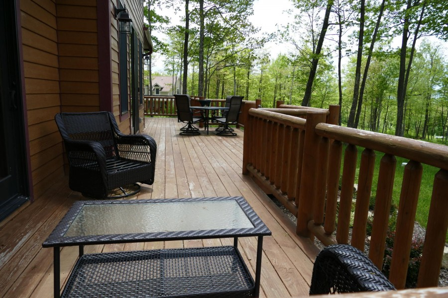 Back Deck with seating1