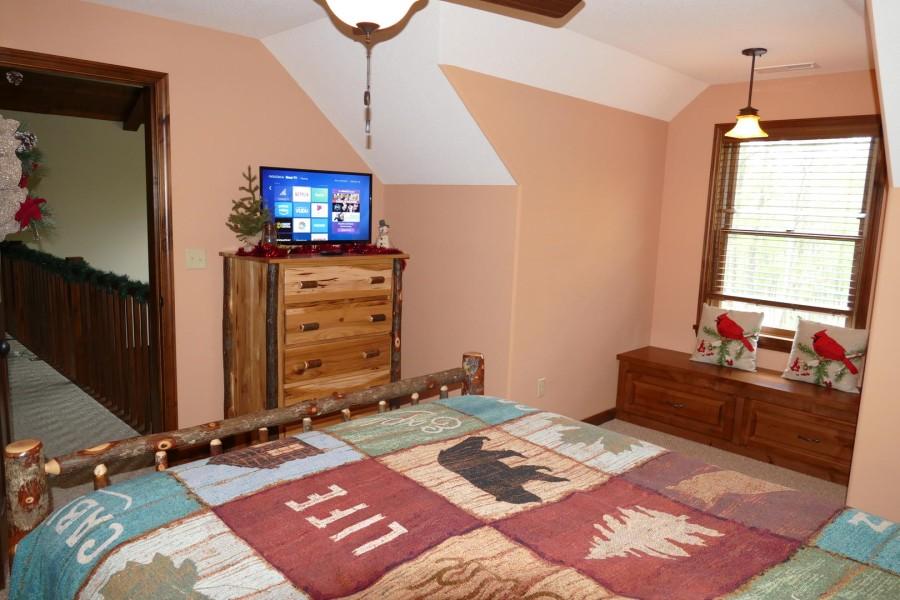 Loft Queen suite3 w.TV