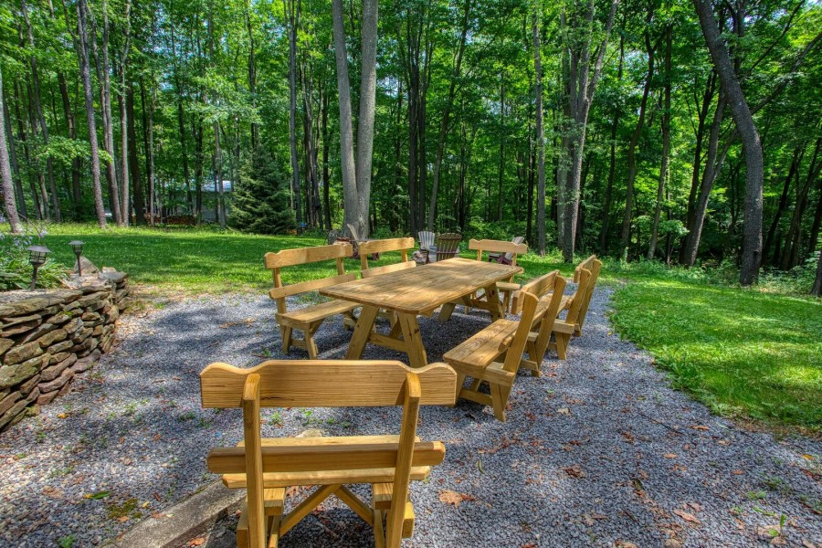 picnic table and seating in backyard