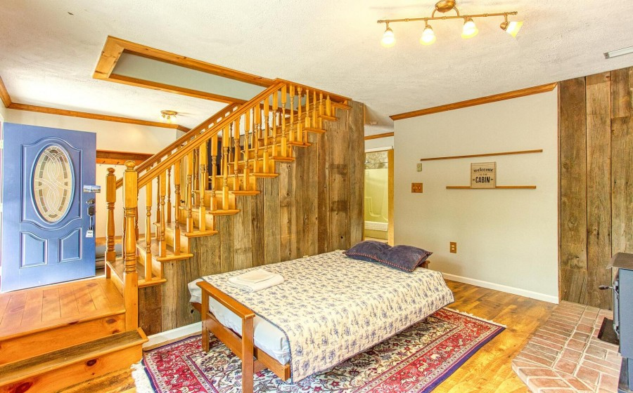 rec room with futon