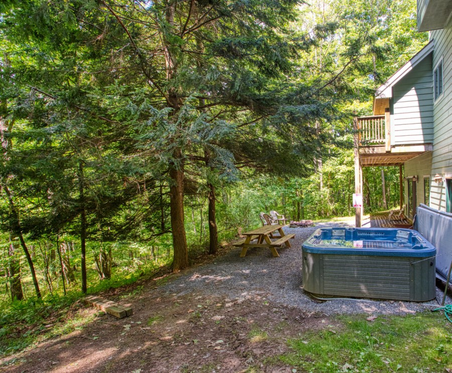hot tub backs to forest